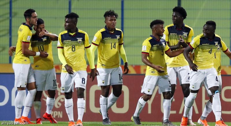 الشباب: كولومبيا.. والإكوادور 800_f53450bf26.JPG