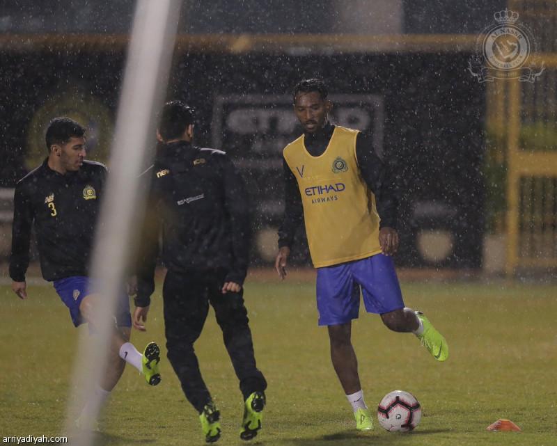قطبا الرياض.. تحت المطر