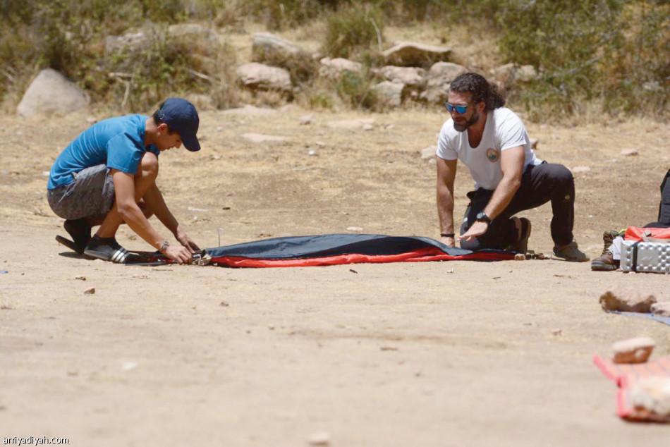 15 مشاركا يتعلمون تسلق الصخور | صحيفة الرياضية