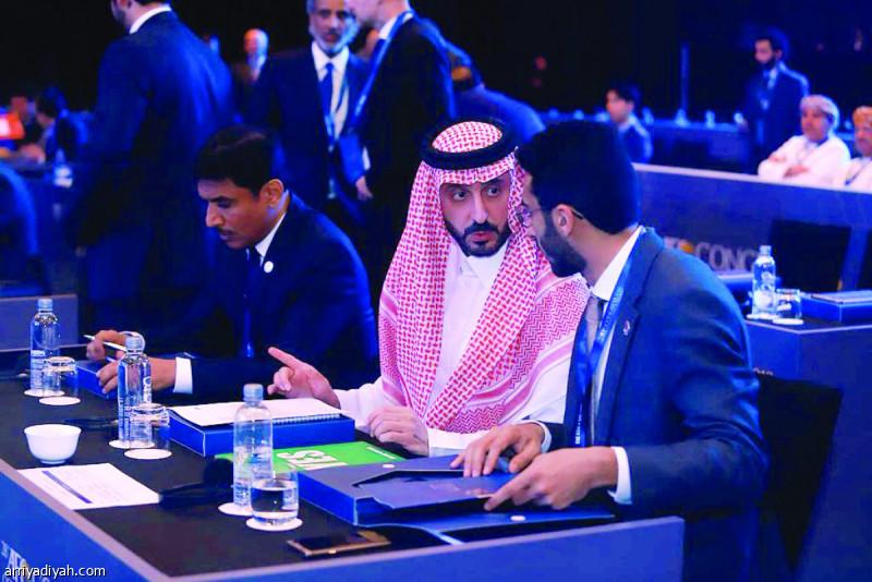 صورة التقطت أمس لقصي الفواز رئيس الاتحاد السعودي لكرة القدم لدى مشاركته في اجتماع الجمعية العمومية الـ 28 للاتحاد الآسيوي لكرة القدم في كوالالمبور (المركز الإعلامي ـ الاتحاد السعودي)